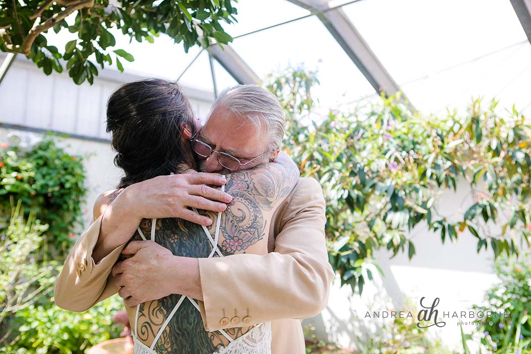 dad and daughter first look ideas | butterfly world wedding | first look inspiration | wedding photographer fort lauderdale