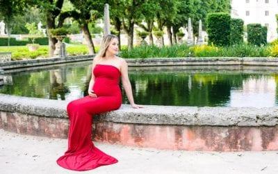 Stunning Maternity Photoshoot | Vizcaya Museum + Gardens Miami