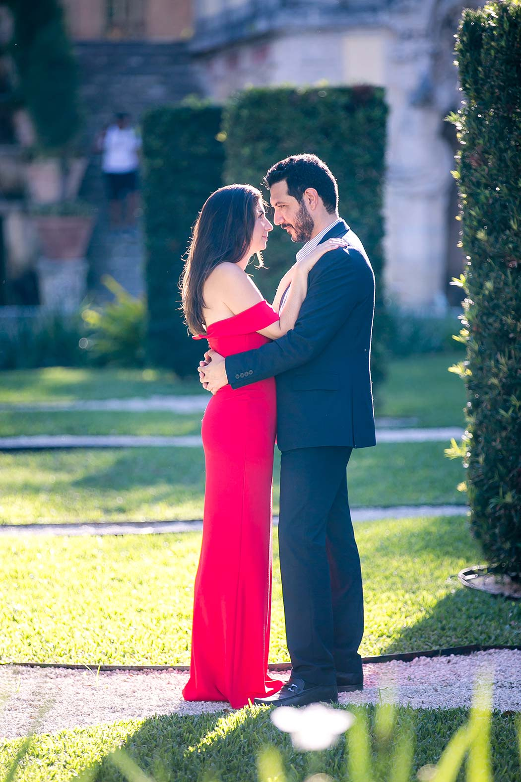couple pose for engagement photography vizcaya | engagement photography fort lauderdale