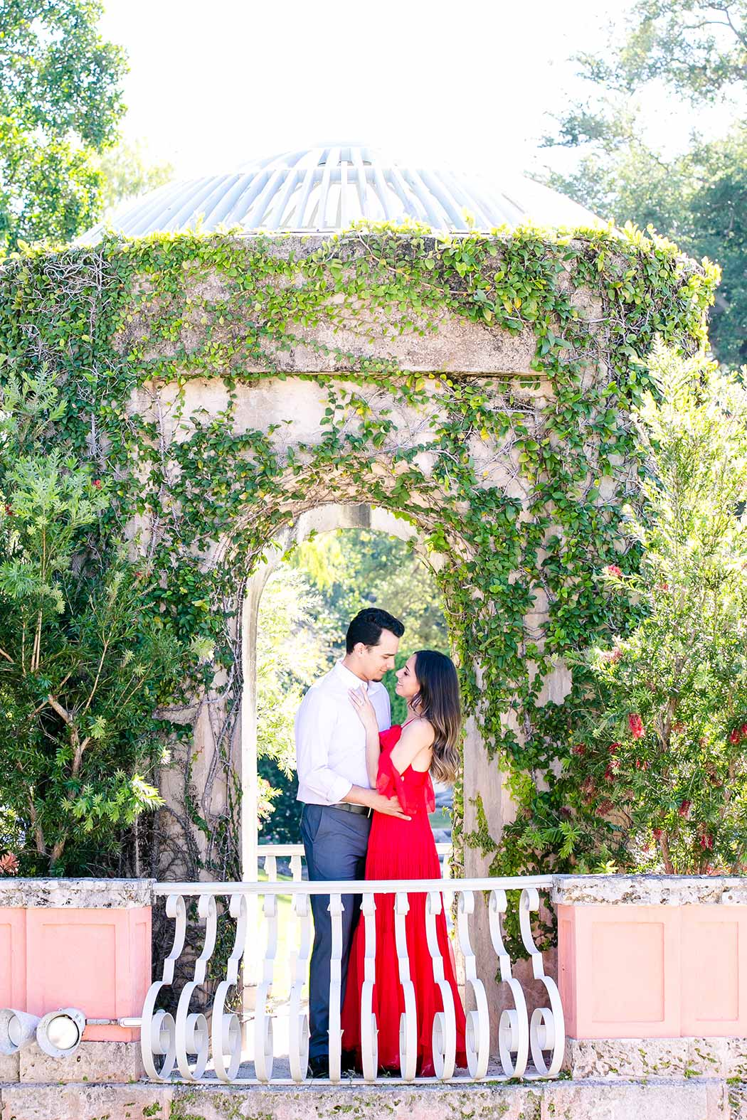 elegant engagement session at vizcaya