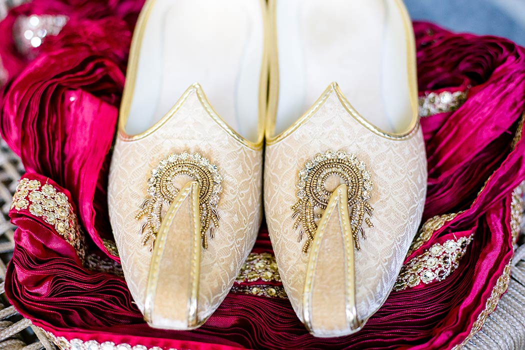 grooms wedding shoes | photograph of groom's wedding shoes | indian wedding shoes for groom in gold