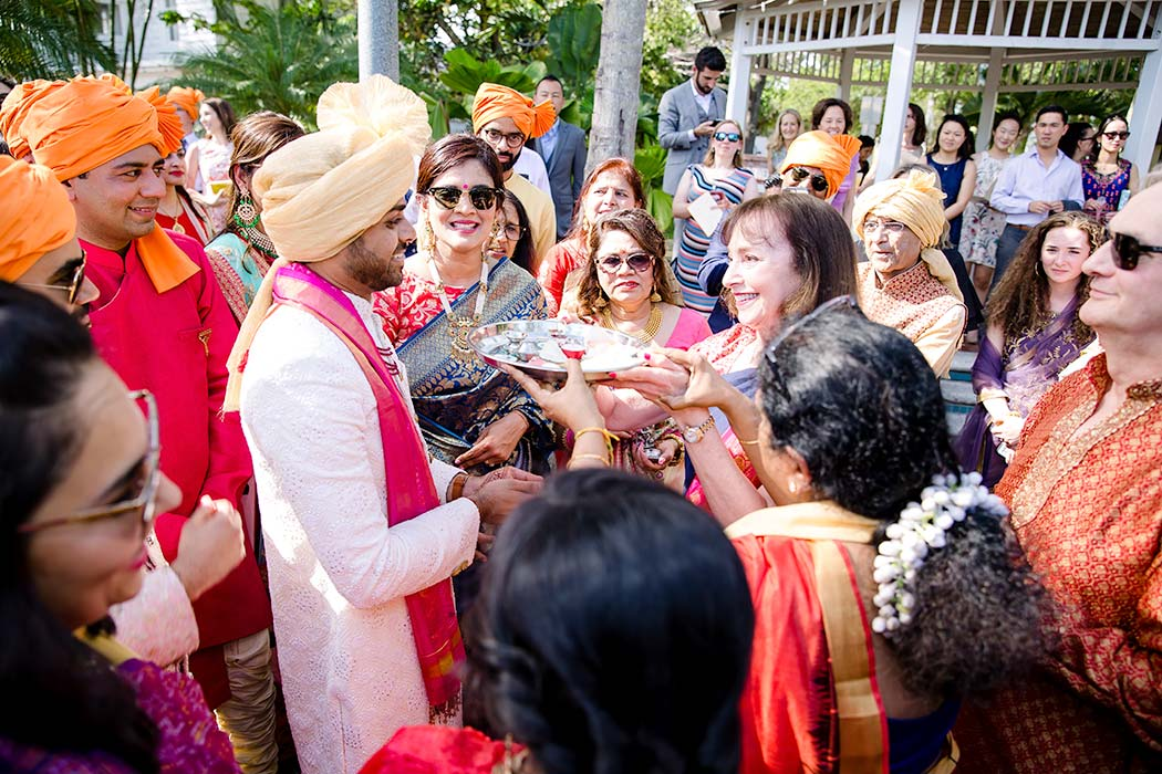 indian baraat celebrations | fort lauderdale indian wedding photographer | groom baraat