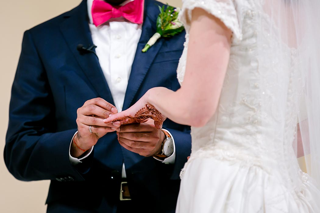 exchanging of wedding rings | modern indian fusion wedding fort lauderdale | henna art