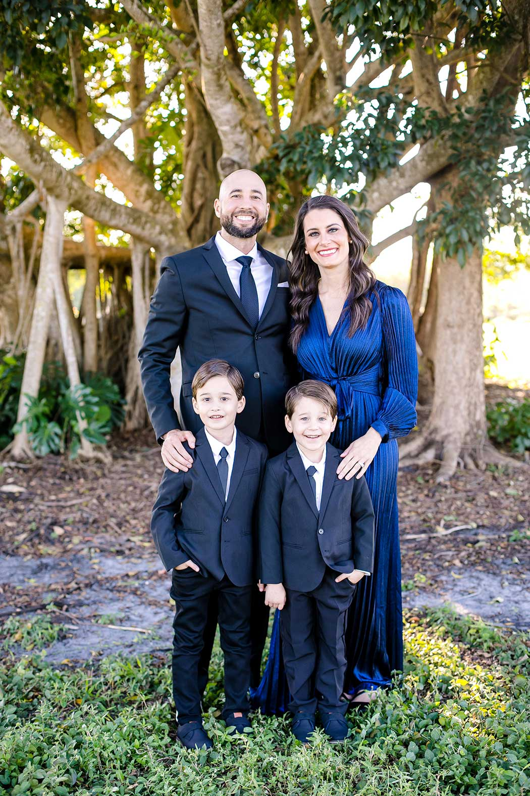 formal family photography in a park | park photography session with family 4 | twin boys photography | family photographer robbins preserve | fort lauderdale family photography session
