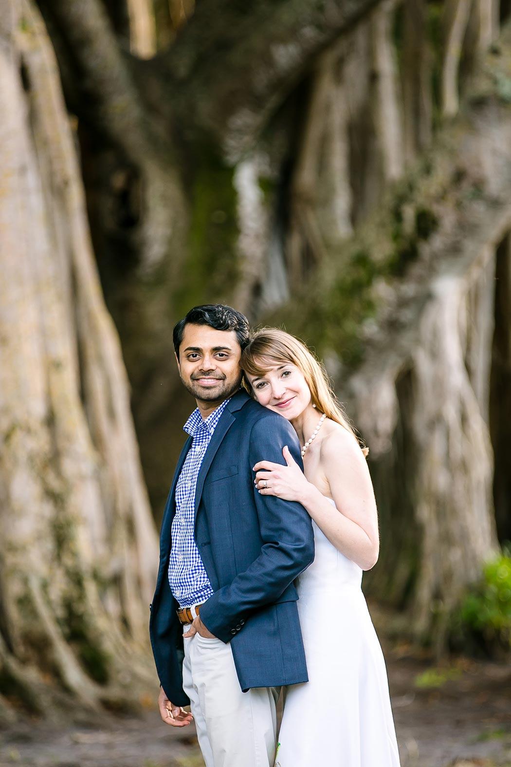 unique posing idea for engagement photoshoot | hugh taylor birch park engagement photography